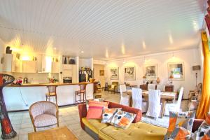 Maison/villa en vente à Matoury, 160m2,   5 pièce(s) - REF 1288