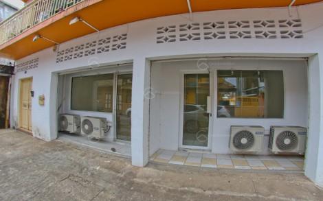 Bureaux en location à Cayenne, 52.96m2,   4 pièce(s) - REF 1298
