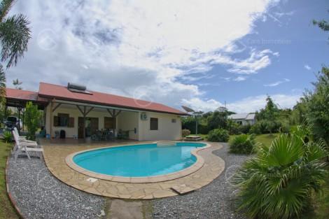 Maison/villa en location à Macouria, 97.12m2,   4 pièce(s) - REF 1344